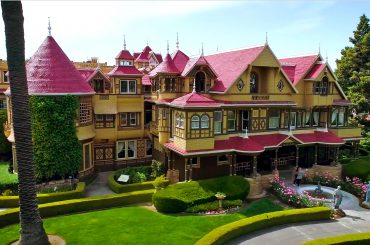 A Sneakthief in the Winchester Mystery House