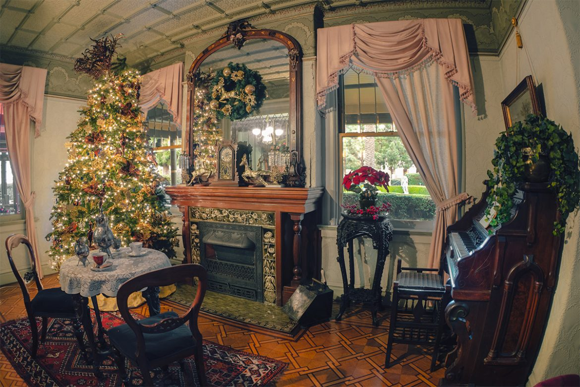 Your Retro Holidays What Might A Victorian Christmas Have Looked Like Winchester Mystery House